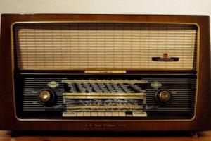 questions poste de radio merveilleusement imparfaite
