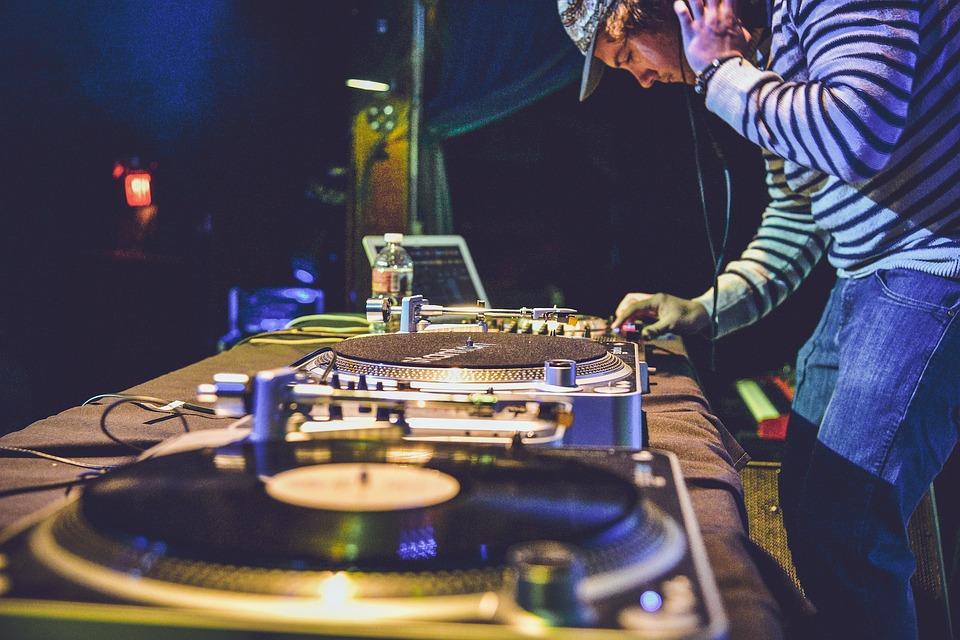 voix intérieure DJ merveilleusement imparfaite